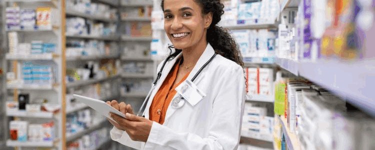 Advantages of studying Pharmacology in the US