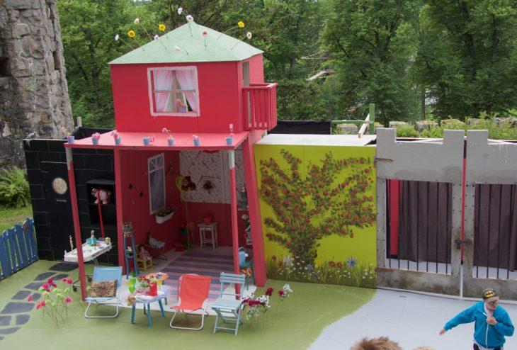 Onnelin ja Annelin lavastus #Miniteatteri #Aulnako