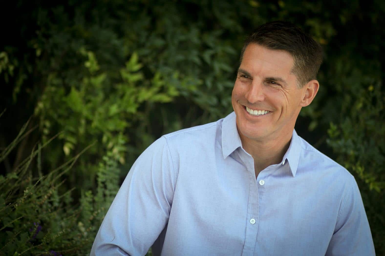 CNLP 228: Craig Groeschel on Handling the Pain That Comes With Life and Leadership, How God Can Redeem Self-inflicted Pain and Bring Hope in the Dark of Personal Suffering