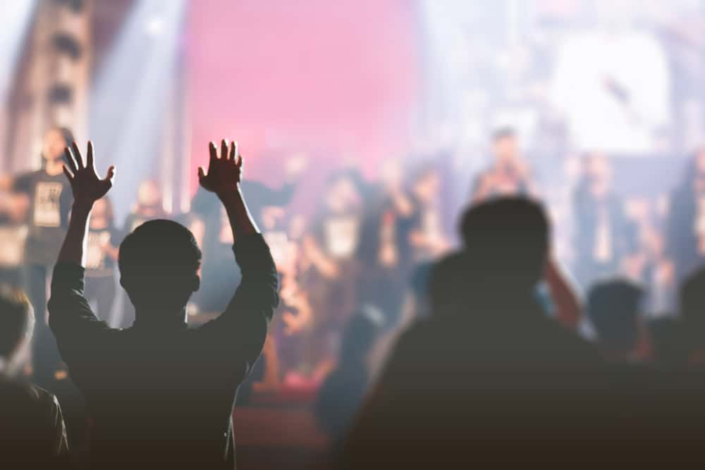 5 Reasons Charismatic Churches Are Growing (And Attractional Churches Are Past Peak)