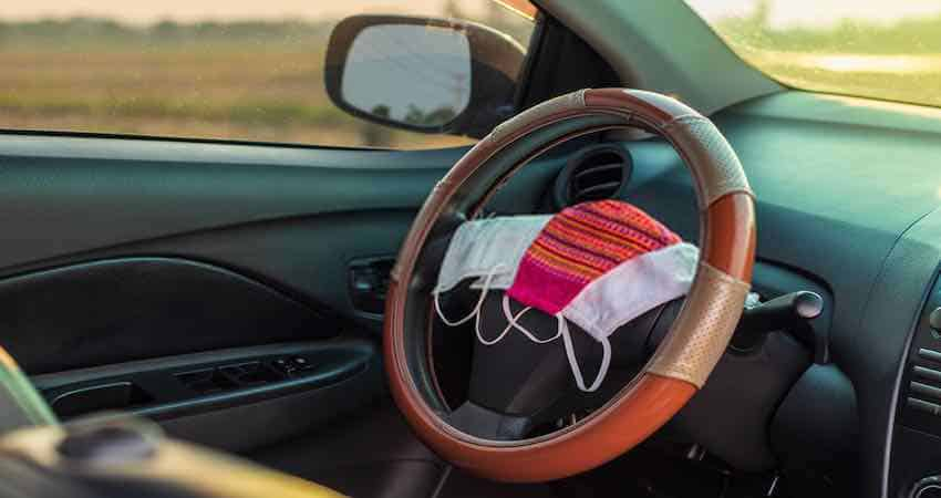 How to Install a Steering Wheel Cover