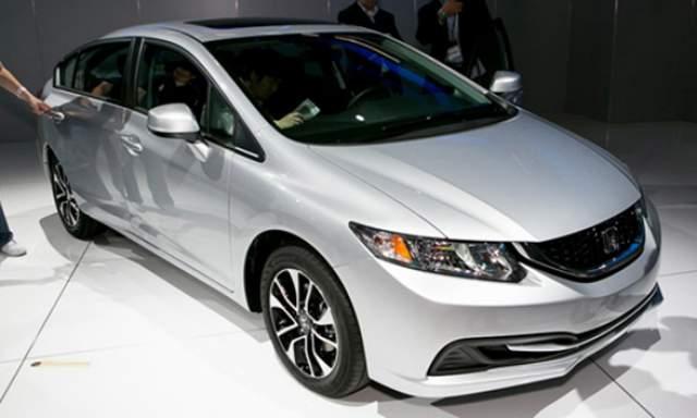 2017-Honda-Civic-front