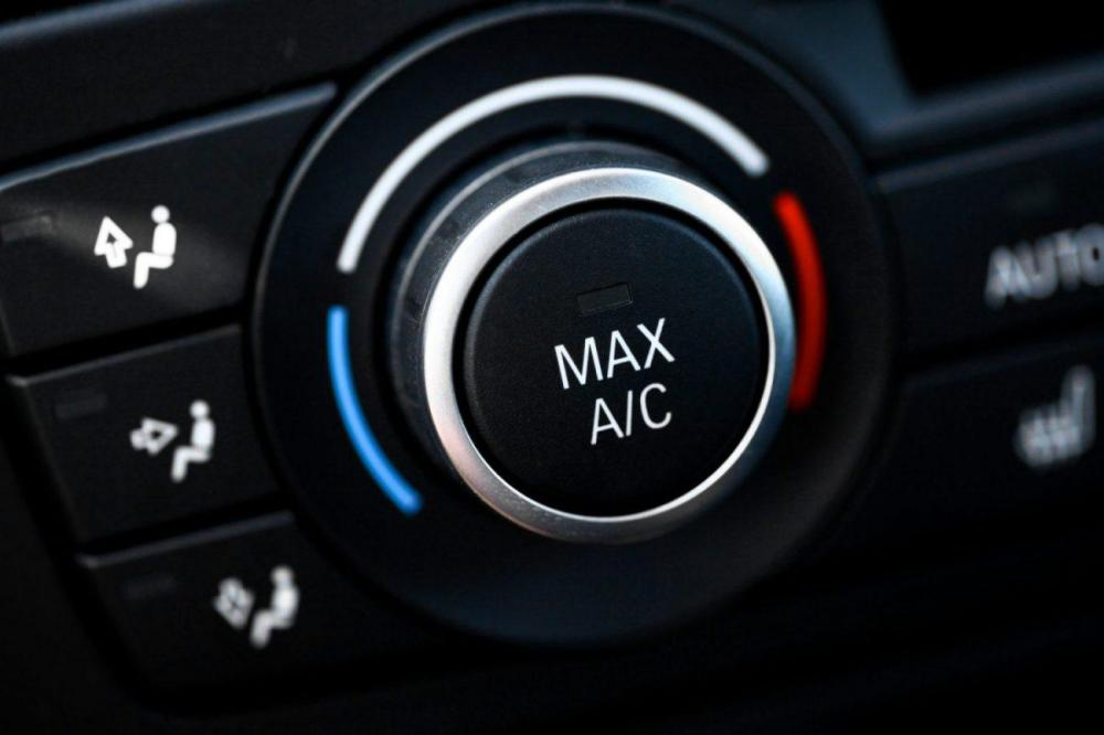 medium resolution of car ac not blowing cold air after recharge issues