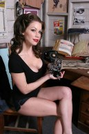 pinup-728--Kimmie-Caracoles