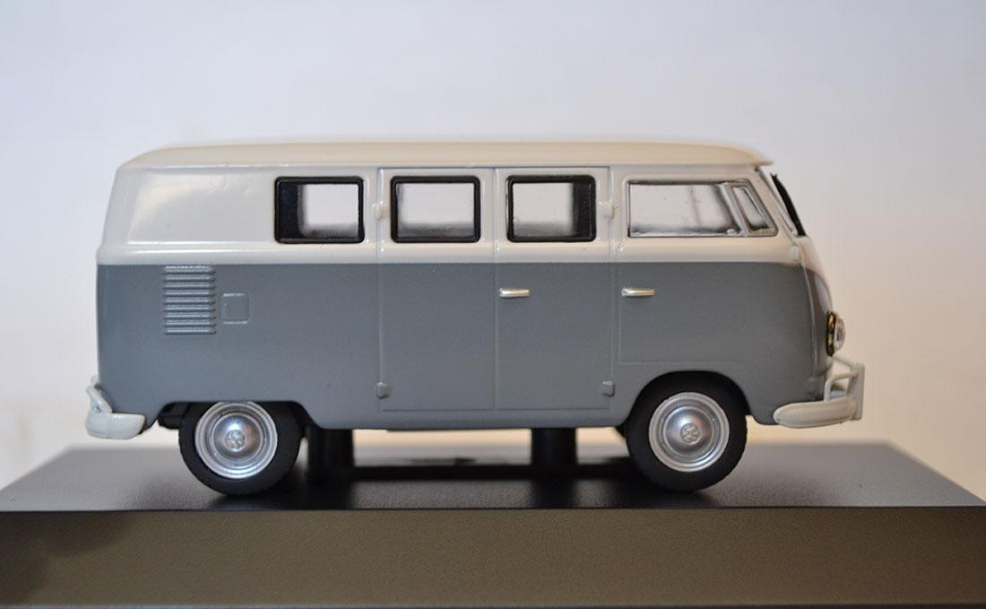 Volkswagen-Kombi-1200-1957_2
