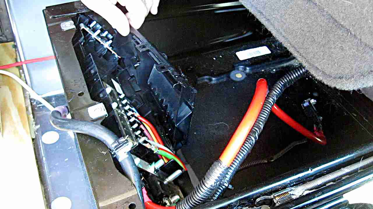 hight resolution of ford transit ccp remove fuse box cover