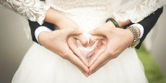 Tips Semarakkan Cinta Suami Isteri