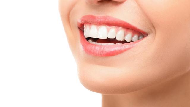 7 Cara Memutihkan Gigi Semulajadi Tak Perlu Jumpa Doktor Carian