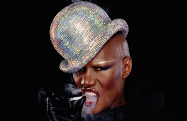 "Grace Jones Calls Kim Kardashian ""Basic"""