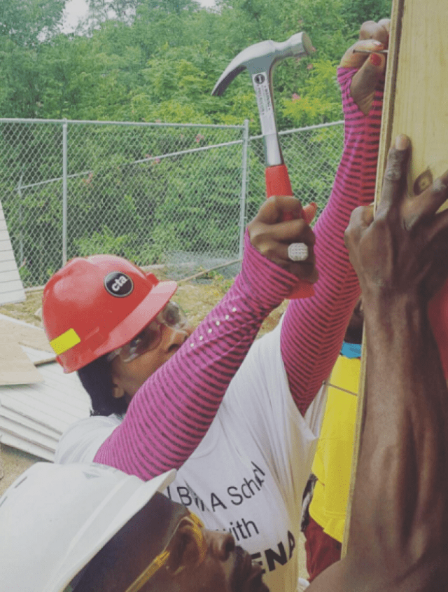 Tennis Star, Serena Williams, Helps Build School In Jamaica