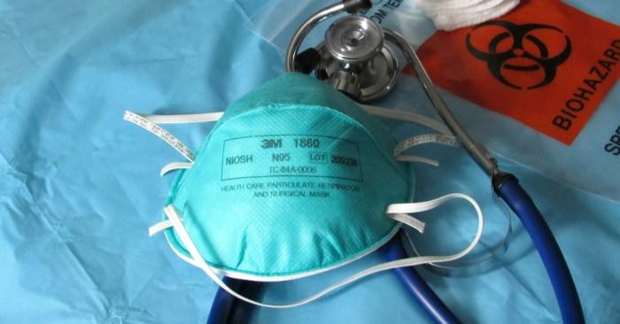 Nurses blast government and hospital responses to coronavirus