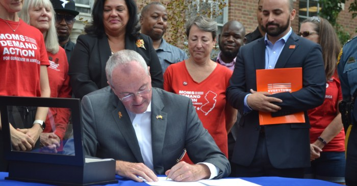 Murphy signs law allowing undocumented immigrants to obtain professional licenses