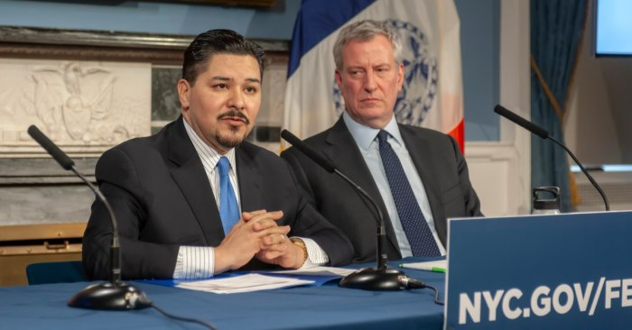 Principals Union Calls for de Blasio and Carranza to Give Up Control of Schools Amid New Reopening Chaos