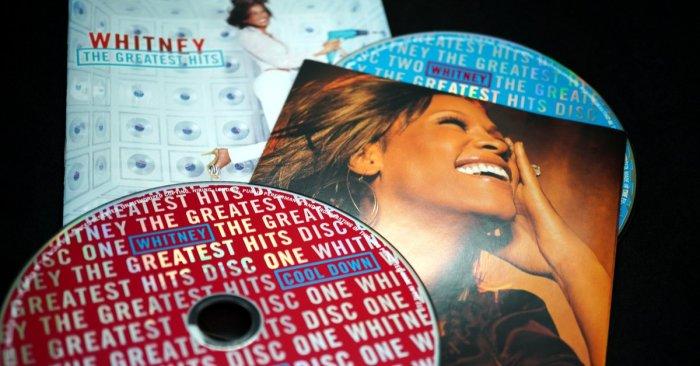 11 iconic Whitney Houston performances