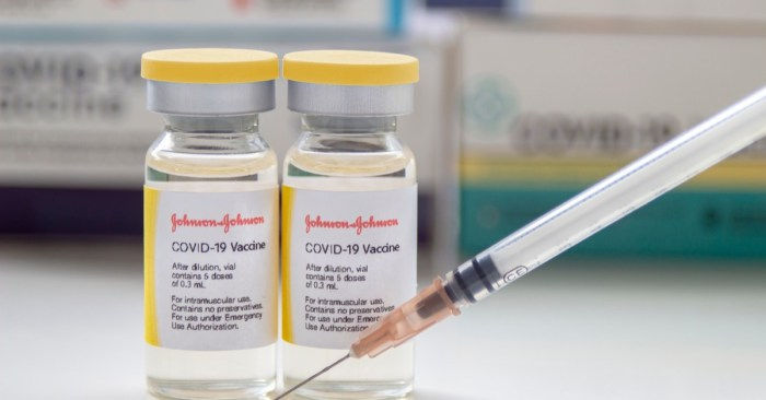 Johnson & Johnson Vaccine Suspension – a Doctor Explains What This Means for you