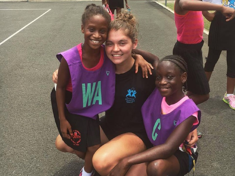Netball volunteer on their gap year