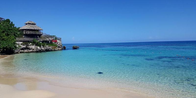 69a53013f Sarah-Jane Takes On Sandals Ochi Beach Resort