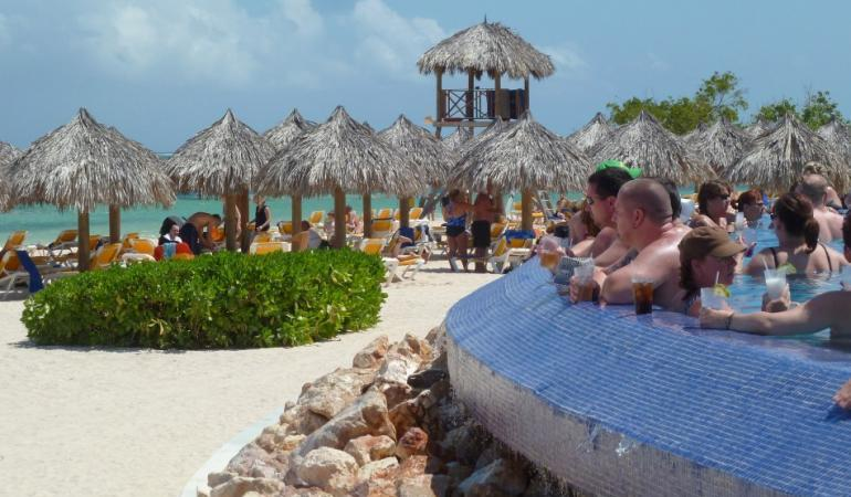 Coronavirus Threatens Tourism Industry In The Caribbean