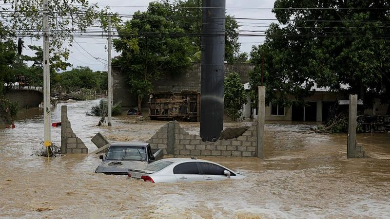 Cuba braces for Storm Eta after deadly toll in Central