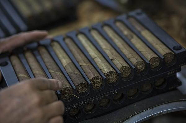 Caribbean nation's cigar sales smokin'