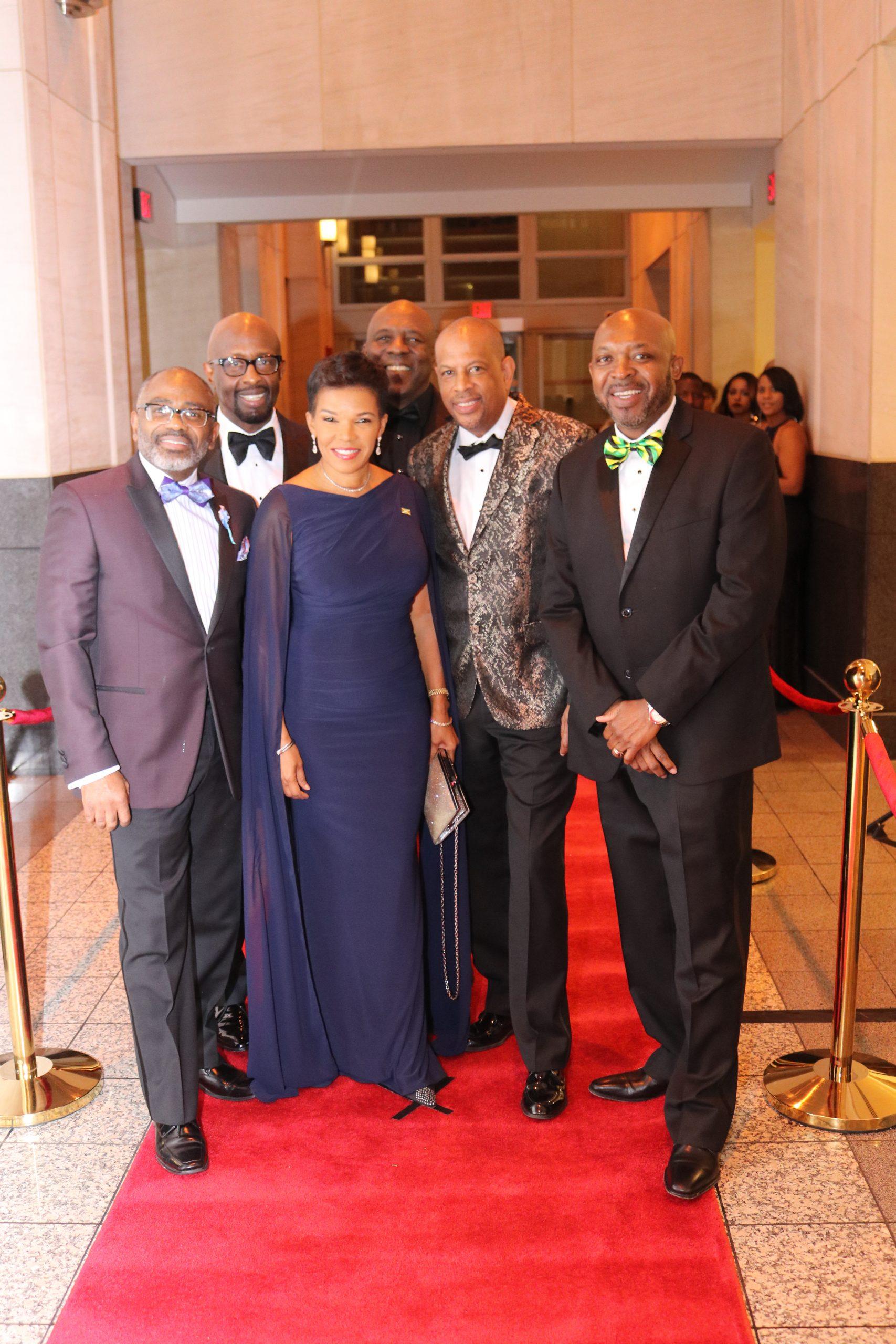 "David ""Wagga"" Hunt Foundation's Efforts for Jamaican Students Impressive –"