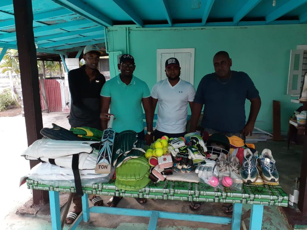 Derick Kallicharran donates cricket gear to Tain CC
