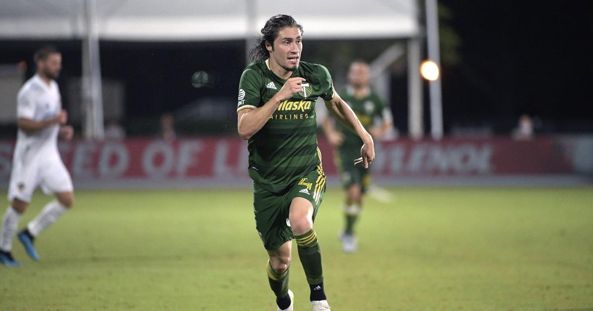 Jorge Villafaña creates his own luck over a long career