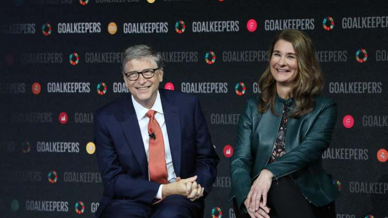 How will Bill and Melinda Gates split their $130 billion