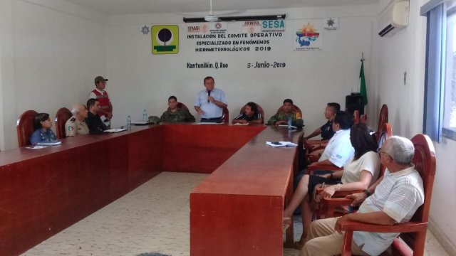 Lázaro Cárdenas y José María Morelos instalan comités contra huracanes
