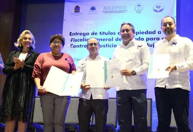 Recibe FGE títulos de propiedad para la ampliación del Centro de Justicia para las Mujeres