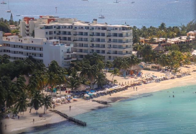 Invita Ayuntamiento de Isla Mujeres a turisteros a certificarse en prevención sanitaria