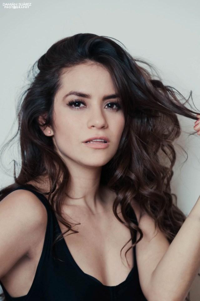 Estrella Solis, actriz que ha participado en exitosas series como el Club de Netflix en entrevista