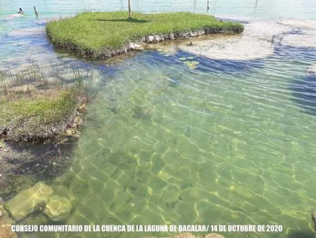 Laguna de Bacalar recupera gradualmente su diversidad multicolor tras impacto climático