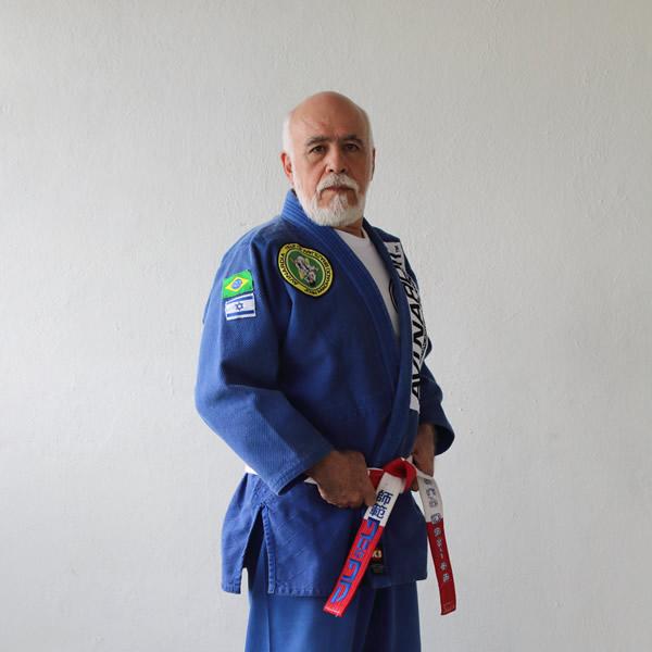 René Gatica, Actor e Instructor de Kapap, un sistema de autodefensa de origen israelí