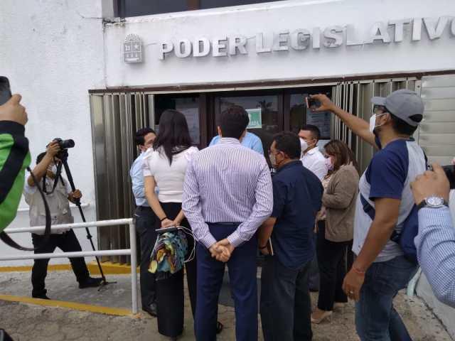 Colectivos feministas endurecen postura y rompen diálogo con legisladores de Quintana Roo