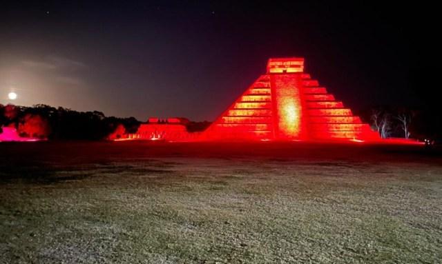 Espectáculo de luz y sonido de Chichen Itzá reanuda actividades este martes