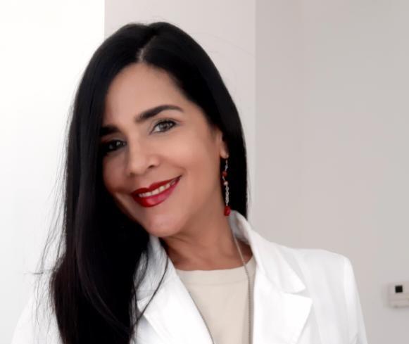 """Rejuvenecimiento facial no quirúrgico"", por la  Dra. Adriana González"