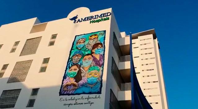 """Plasman en hospital de Cancún mural en """"Homenaje a los Héroes que Luchan contra la COVID-19"""""""