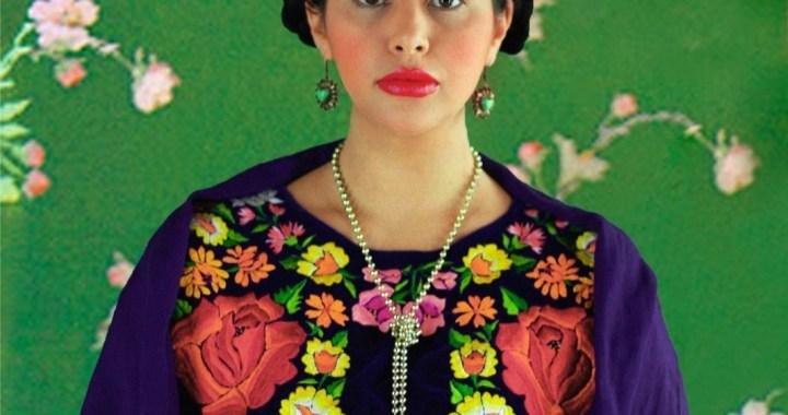 Homenajea la actriz Yael Duval a íconos del cine mexicano.