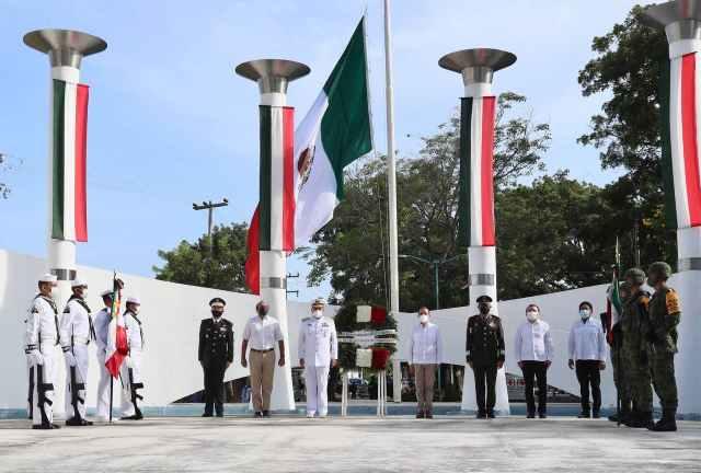 Conmemoran a los Niños Héroes en Quintana Roo