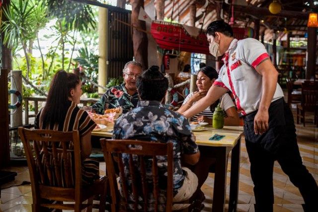 Celebra el Timón de Cancún 46 Años