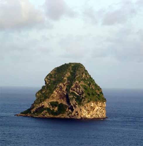 idees-cadeau-voyageur-originale-caraibexpat-12-ballade-bateau-rocher-diamant-martinique