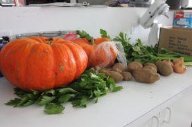 Les légumes servant à préparer la soupe.