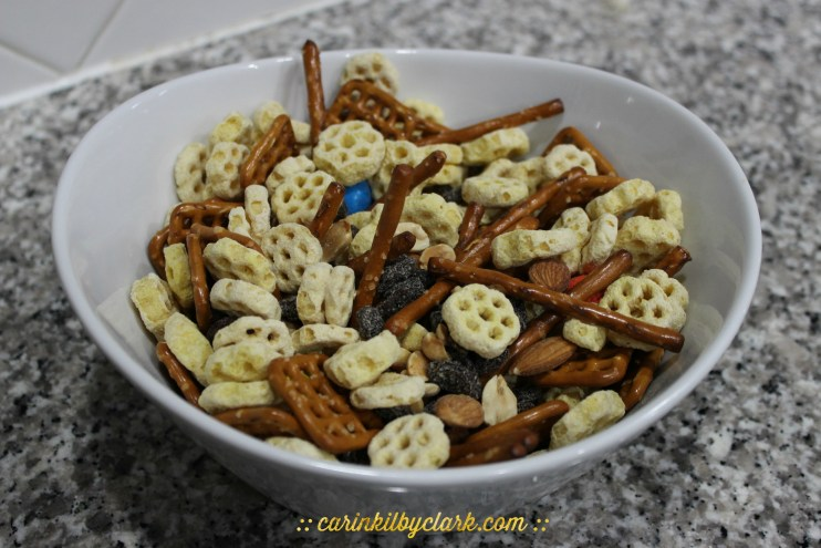 Fun Snacking With Post & Sing Movie (Super Easy HoneyComb Trail Mix) 4
