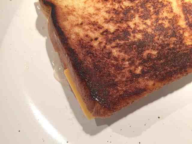 butter-or-mayonnaise-grilled-cheese-5