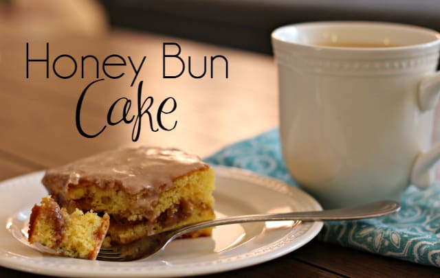 Honey-Bun-Cake-top