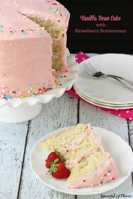 Cake-with-Strawberry_