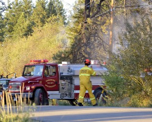 Crews battle a fire that broke out in North BX, Vernon, BC 2016