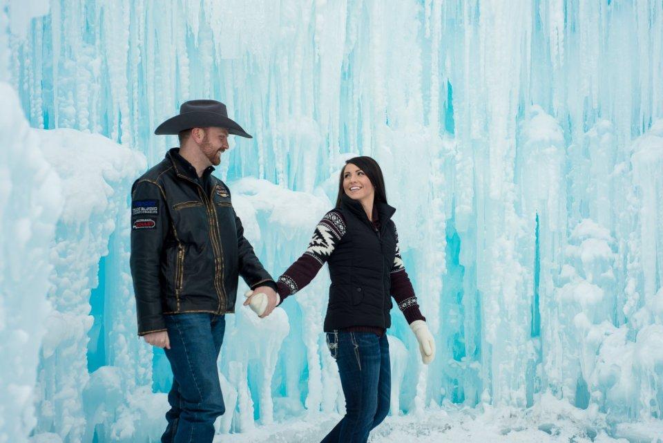 Edmonton-Engagement-Photographer-Ice-Castles