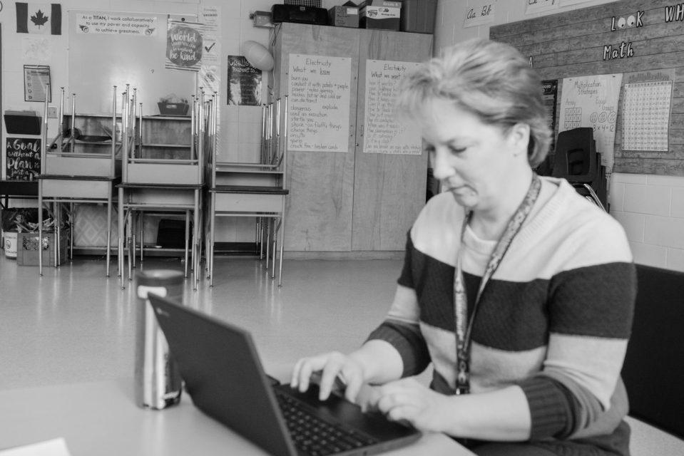 Teachers, missing their students Documentary Photo Essay